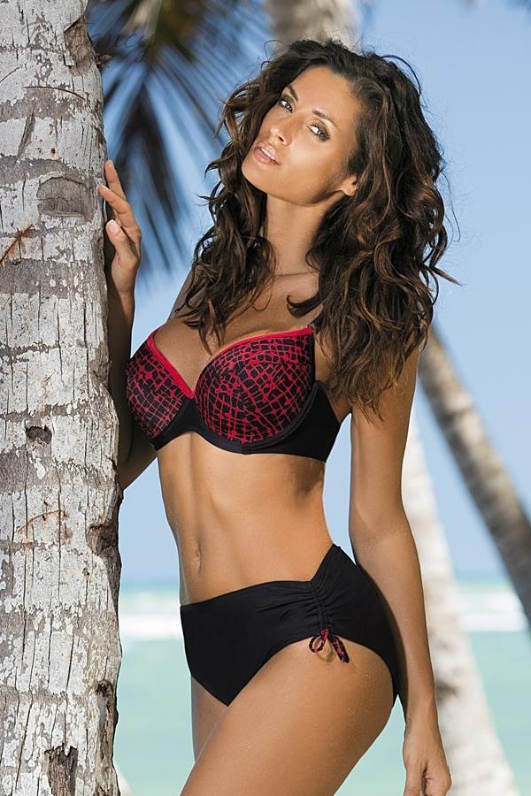 8710bfa251 Klasszikus fazonú bikini húzott alsóval - Harriet Nero-Venere M-272 fekete /piros