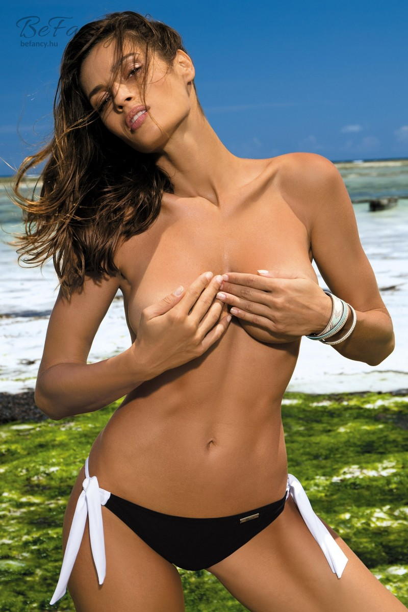 Megkötős bikini alsó - Gigi M-03 Nero fekete  8b07f414cc