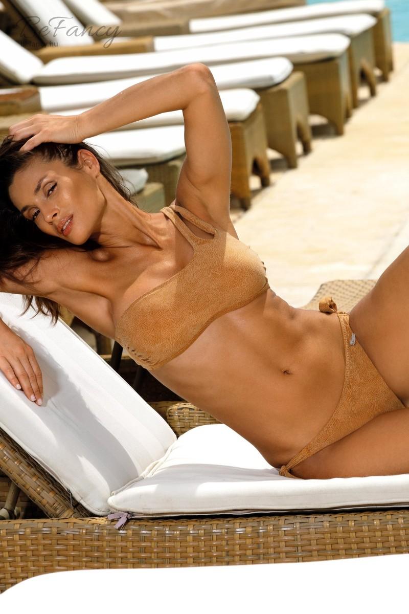 Velúr hatásrú, félvállas, top fazonú bikiniSabrina Golden M-524 arany