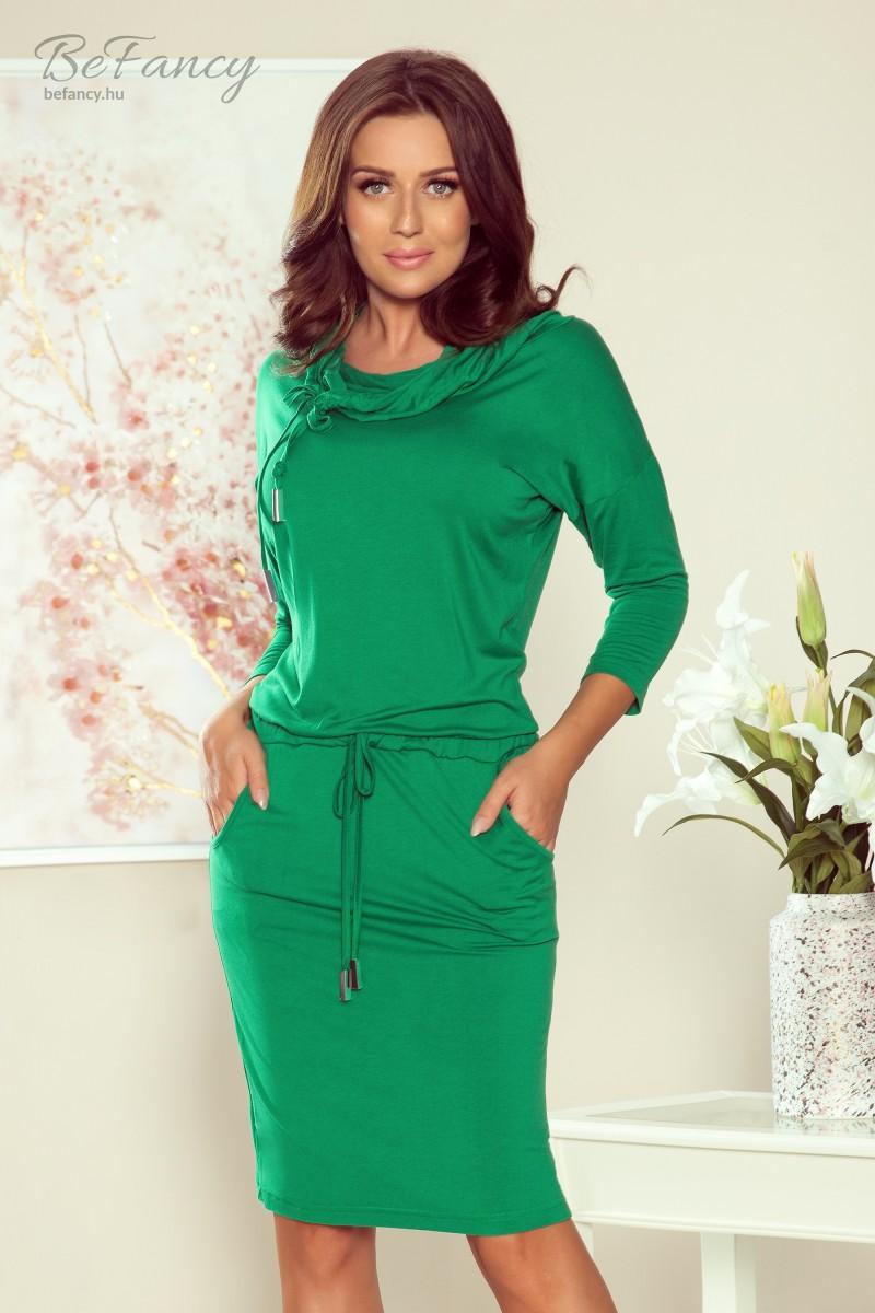 Sportos háromnegyedes ujjú, garbós ruha szűk szoknyával, derekán megkötővel 44-21 zöld