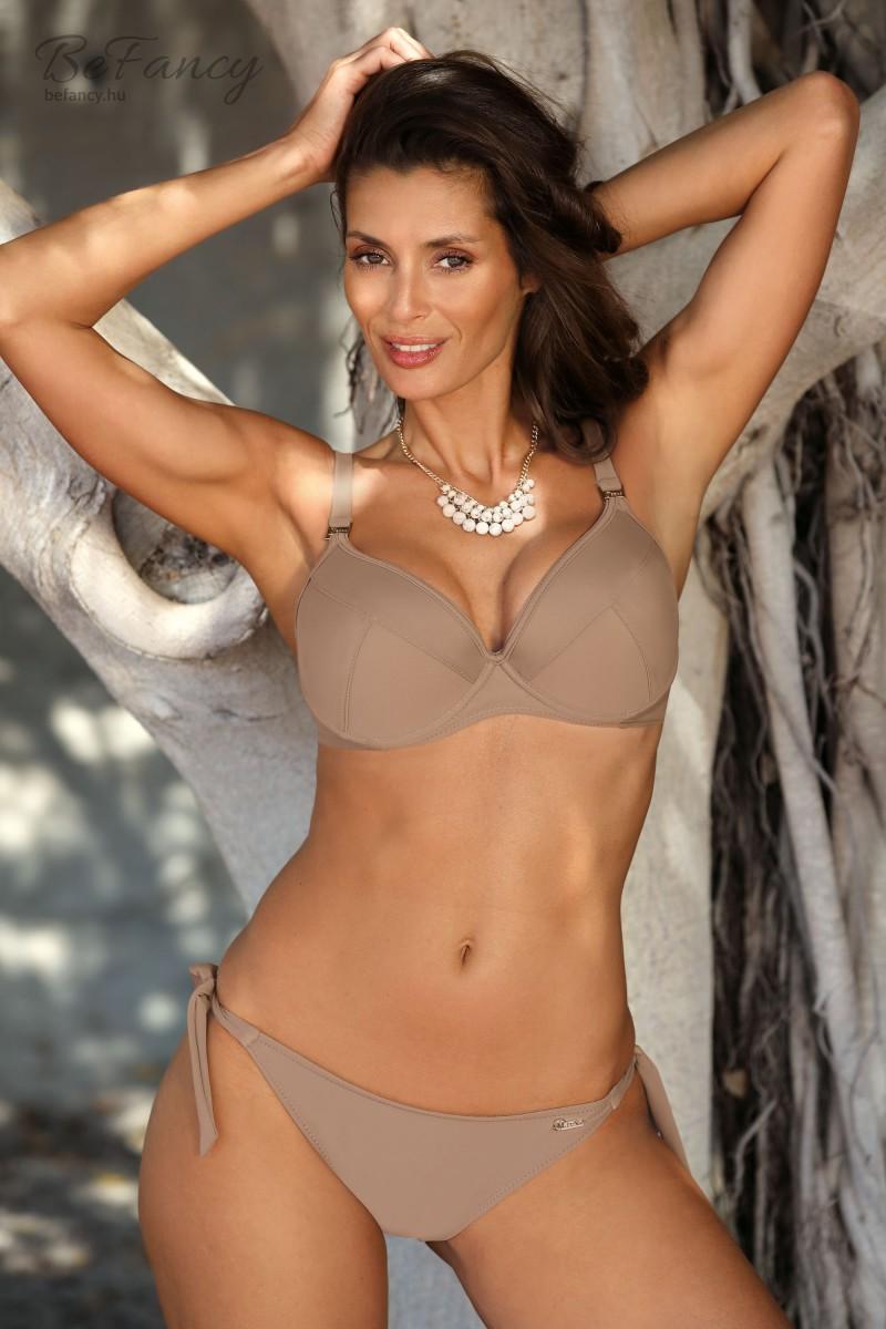 Klasszikus fazonú, jó tartást biztosító merevítős bikini dús keblekre normál vágású oldalt megkötős alsóval Heidi Fango M-631 bézs