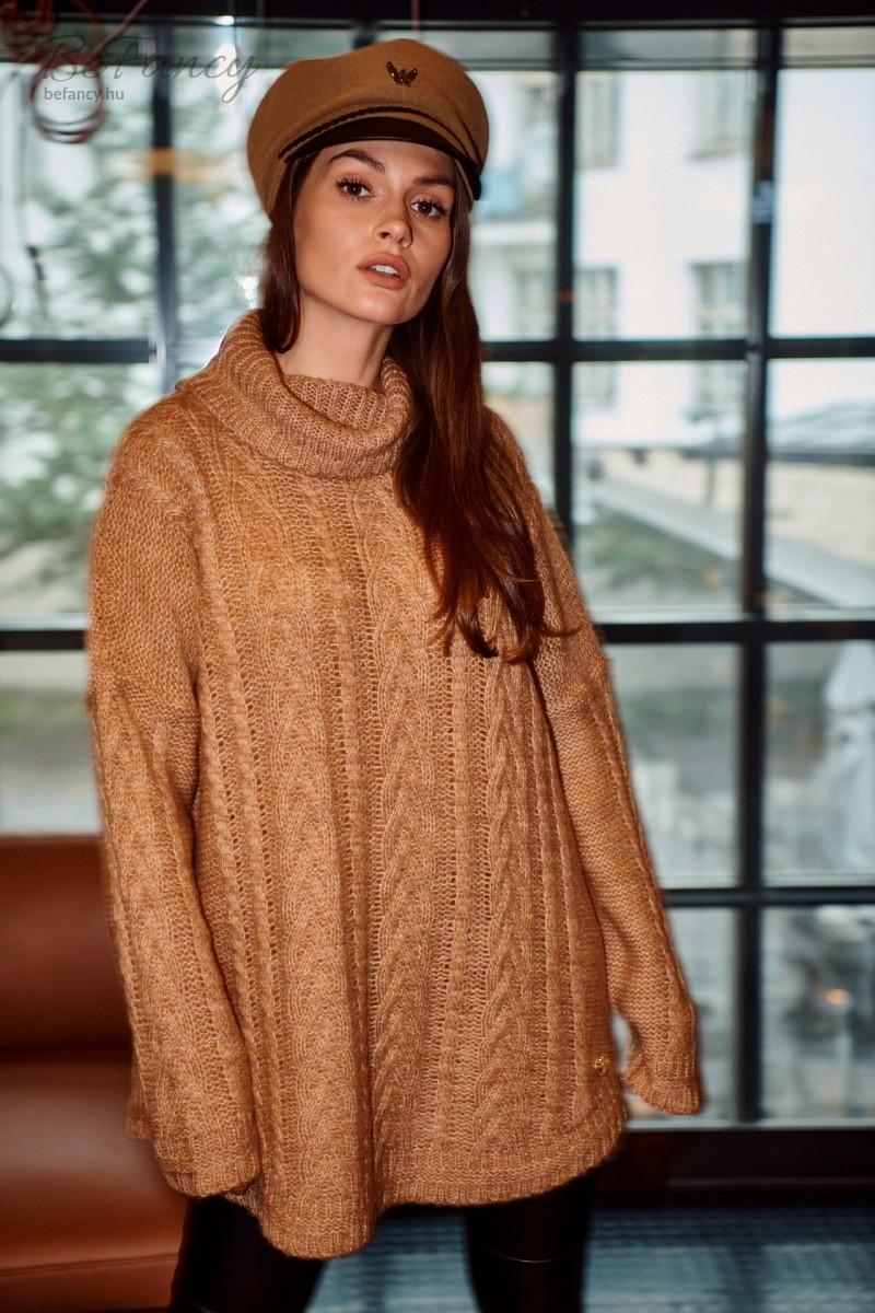 Fonott mintás kötött garbó pulóver moher tartalmú szálból LS298 tevebarna
